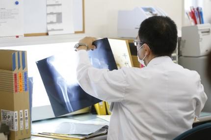 川島病院医師